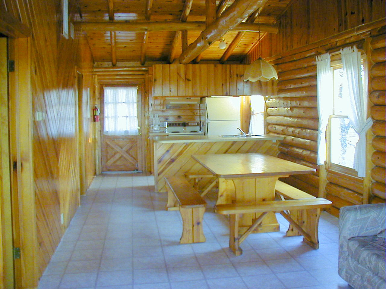 Log cabins at jacobs creek our cabins and rates for Two room log cabin